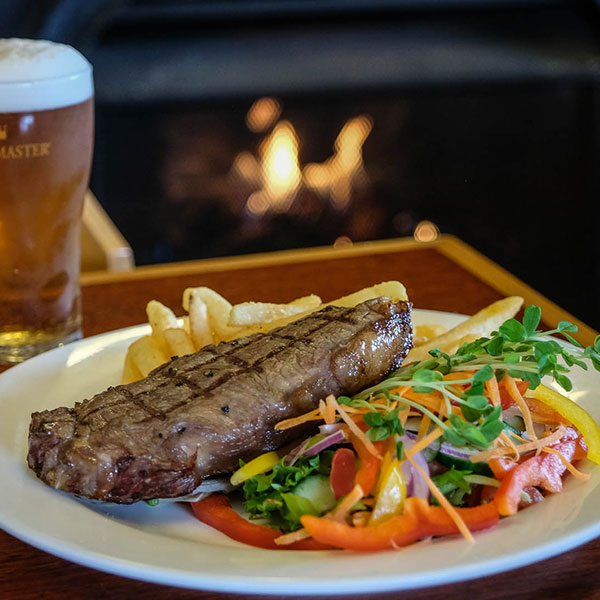 The Peel Inn Hotel Nundle - steak, salad and chips from the bistro menu